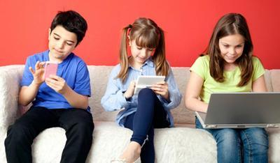 Haruskah Melarang Anak Bermain Gadget ?