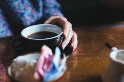 1 Hentikan Kebiasaan Merokok, Kafein dan Minuman Keras