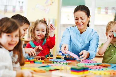 Moms! Ini Dia Daftar Persiapan Hari Pertama Pra Sekolah Yang Tidak Boleh Kamu Lewatkan