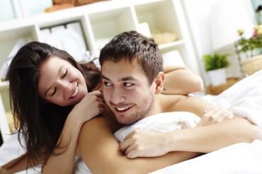 Bukan Cuma Istri yang Pakai Kontrasepsi, Suami Juga Bisa Lho!