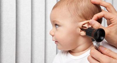 Moms Wajib Tahu: Jenis dan Ciri Infeksi Telinga Pada Anak