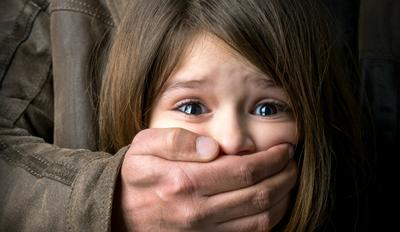 Ini Alasan Pentingnya Mengajari Anak Menolak Rayuan Orang Asing