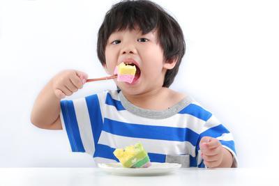 Moms, Perhatikan Asupan Gula Pada Anak Agar Tidak Berlebih