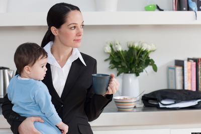 Pikirkan Lagi Deh, Ini Dia Plus Minus Menitipkan Anak Ke Orang Tua Dan Daycare