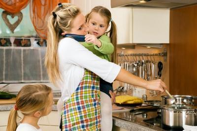 Apabila Hal Ini Moms Alami, Tandanya Moms Sudah Membutuhkan Bantuan Babysitter