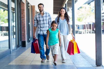Tips Jalan-jalan Bersama Balita di Mall Agar Tidak Hilang
