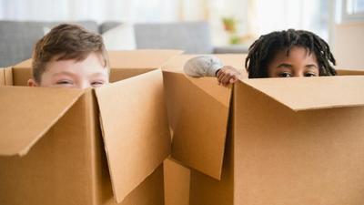 Moms, Buat 5 DIY Mainan Anak dari Kardus Ini untuk Si Kecil, Yuk!