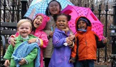 Moms, Lindungi Si Kecil dari Penyakit Musim Hujan, Yuk!
