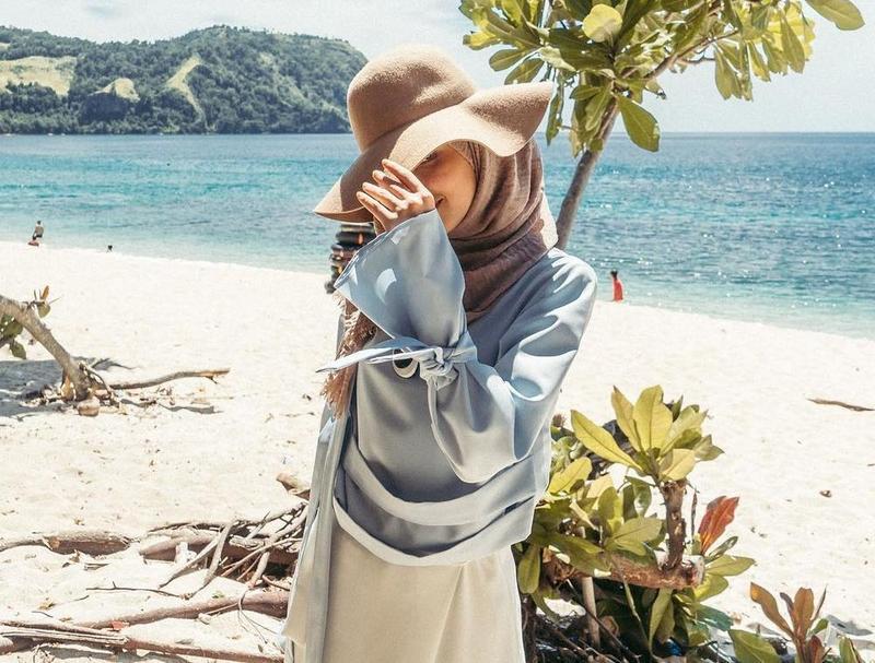 6 Tips Menggunakan Busana Hijab Untuk Ke Pantai Life Mommyasia