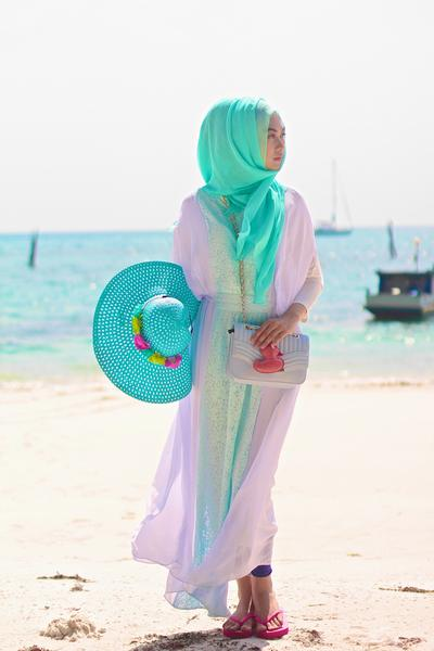 4. Pilih Long Dress yang Nyaman