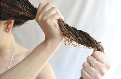 Pastikan Rambut Setengah Kering