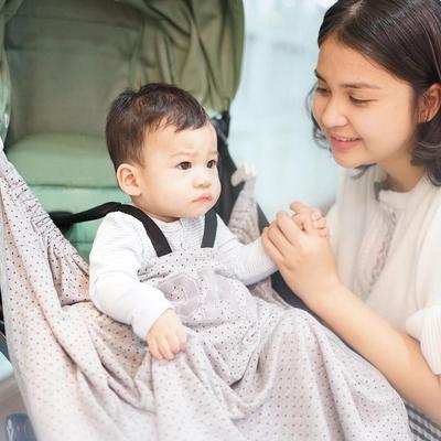 Tanpa Babysitter, Ini Dia Cara Mengurus Anak Ala Ibu Muda Artis Putri Titian