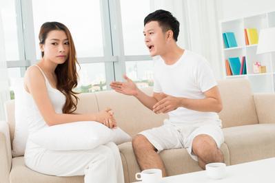 Pasangan Ketahuan Selingkuh? Selain Sabar, Ini yang Harus Moms Lakukan
