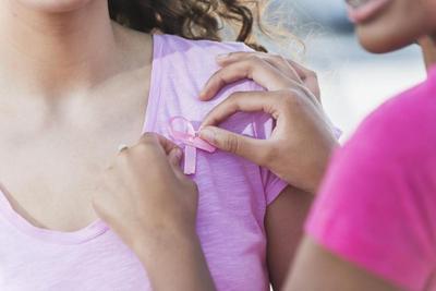 Mungkinkah Kanker Payudara Menyerang Remaja? Waspada, Inilah yang Harus Moms Perhatikan!