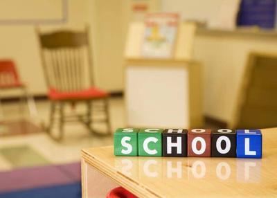 Moms, Ini Nih 3 Tips Memilih Sekolah Terbaik untuk Anak