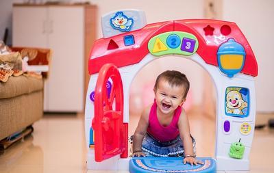 Begini Tips Membuat Bayi Mau Bekerja Sama saat Melakukan Photoshoot, Moms!