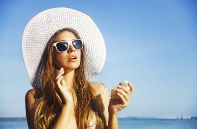 Lindungi Kulitmu Dari Polusi & Sinar Matahari