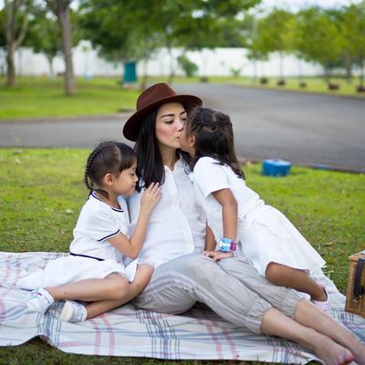 Ririn Dwi Ariyanti, Meski Hamil tapi Tetap Langsing dan Cantik