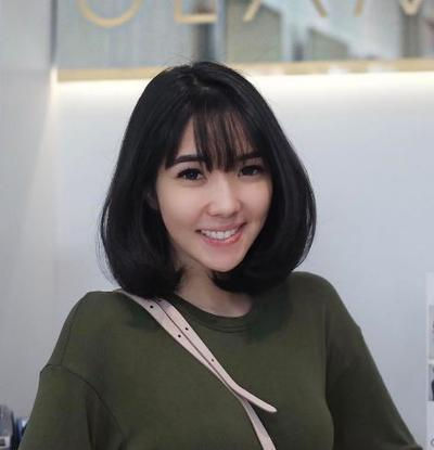 Ternyata, 4 Artis Cantik Indonesia yang Jarang Berkacamata Ini Aslinya Bermata Minus, Lho!