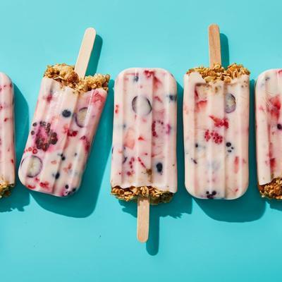 1. Granola & Yogurt Breakfast Popsicles