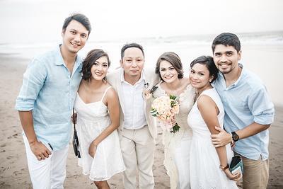 Luar Biasa, 5 Artis Indonesia Ini Punya Resepsi Pernikahan Paling Unik dan Tak Biasa!