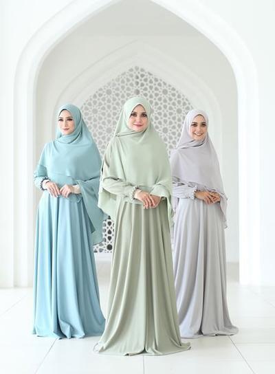 Inspirasi Model Gamis Muslimah Syar I Polos Yang Cocok Dan Modern