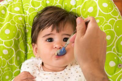 #FORUM Kapan bayi boleh mulai makan seafood?