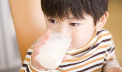 Moms, Ternyata Ini 5 Merek Susu Formula yang Paling Laris, Lho!