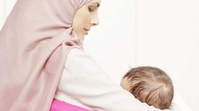 Moms, Ternyata Ini Manfaat Puasa Bagi Ibu Menyusui!