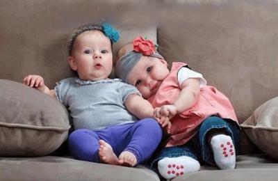Tak Boleh Sembarangan, Ini Panduan Memberi Nama Bayi Kembar!