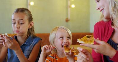 Unik Banget! 4 Rekomendasi Restoran Ramah Anak di Jakarta yang Bikin Si Kecil Betah