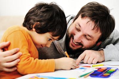 Wow! Ternyata, Kedekatan Ayah dan Anak Bisa Buat Anak Cerdas