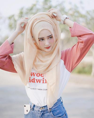 Terlihat Modis dan Kekinian, Beginilah Gaya Hijab yang Digunakan Para Hijabers di Thailand
