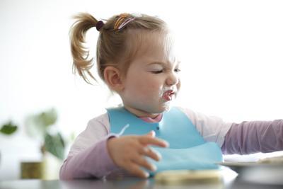 Wah, Ini Dia Trik Mengatasi Si Kecil yang Pilih-pilih Makanan!