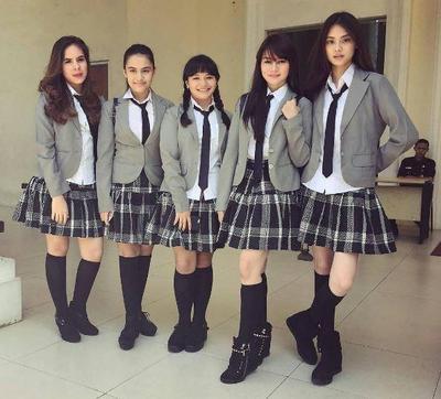 Tak Hanya Korea, Ternyata Ini 4 Seragam Sekolah Paling Keren di Indonesia