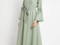 Young Moms! Ini Deretan Model Dress Anggun Tanpa Kesan Tua dan Bisa Dipakai untuk Hangout ke Mall
