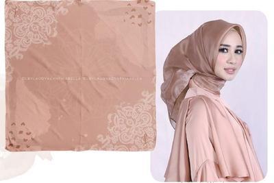 Di Balik Brand Hijab Laudya Cynthia Bella, Ini Lho Fakta-fakta yang Terjadi!
