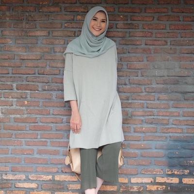 Atasan Hijab Tunik Polos