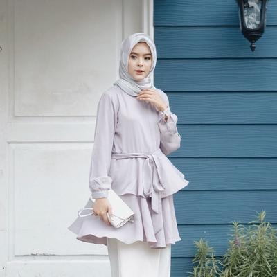 Sudah Punya Anak Satu, Fairuz Sakinah Punya Gaya Hijab Hits yang Bisa Ditiru Ibu Muda