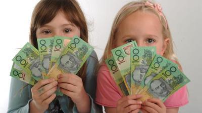 1. Ajarkan Menggunakan Cash/Uang Tunai