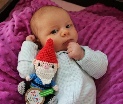Bayi Usia 1 Bulan: Boneka Hewan
