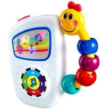 Bayi Usia 3 Bulan: Mainan Musik