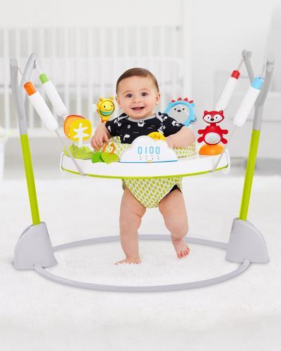 Bayi Usia 5 Bulan: Baby Jumper