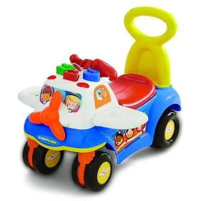 Bayi Usia 12 Bulan: Mobil-mobilan