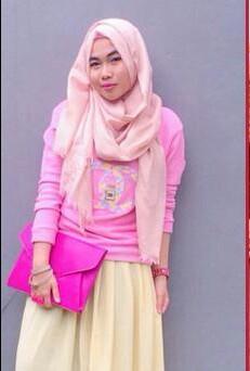 7. Pink dan Kuning