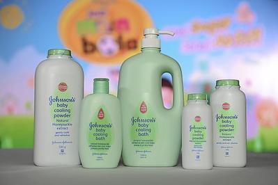 Ampuh Lho Moms! Halau Biang Keringat dengan 5 Sabun Bayi Ini