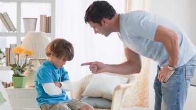 Sering Memarahi Anak, Kenali Dampak Buruknya Moms!