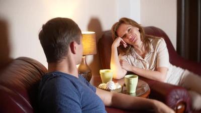 Ssst! Ini Lho Rahasia Hubungan Tetap Romantis dengan Suami Meskipun Sudah Lama Menikah