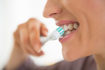 Waspada! 5 Minuman Berbahaya untuk Gigi Ini Mungkin Saja Keluarga Moms Konsumsi Sehari-hari
