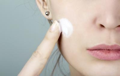 Primer Membantu Menyiapkan Wajah untuk Makeup
